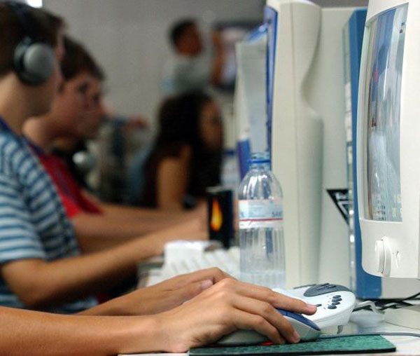 España lidera la media europea en número de internautas