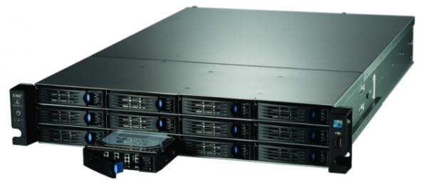 Iomega StorCenter ix12-300r, servidor de hasta 24 TeraBytes de almacenamiento en red