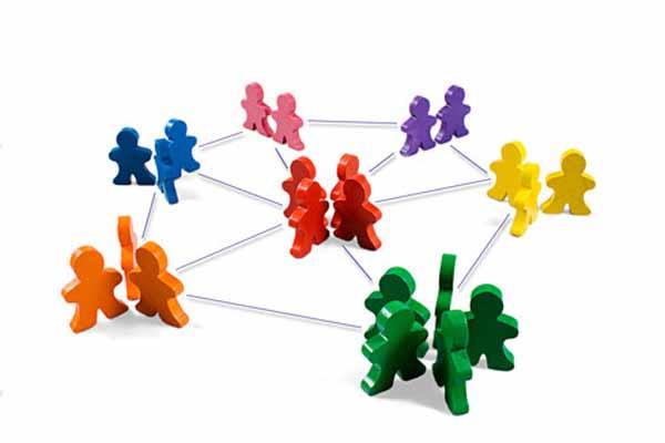 Pymes, un 77% de empleados utilizan redes sociales en horas de trabajo