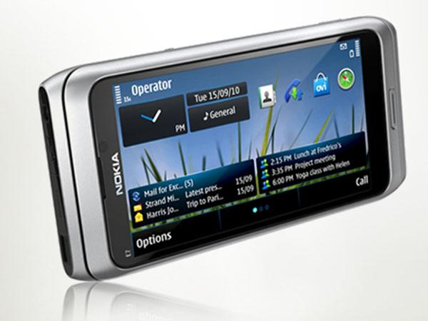 Nokia_E7_2