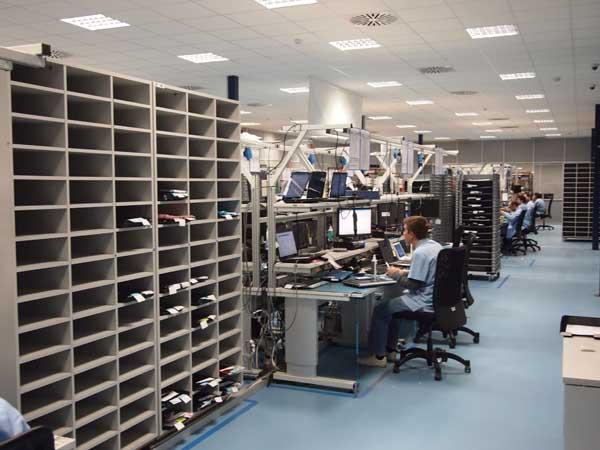 Acer, el nuevo centro de reparaciones en Barcelona admite 700 ordenadores al día