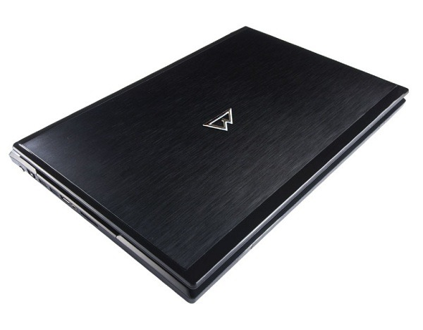 Mountain Studio3D 17, portátil de Mountain para los profesionales del diseño gráfico