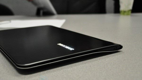 Samsung Series 9, portátil profesional de Samsung muy delgado y lígero