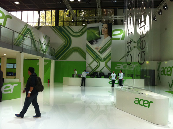 Acer no comprará HP, según Campbell Kan