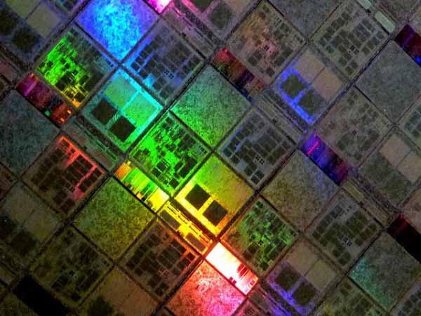IBM comienza a fabricar chips para AMD