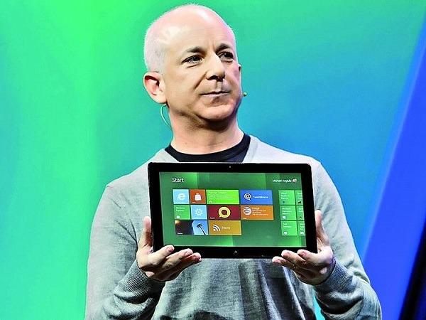 El máximo responsable de Windows abandona Microsoft en pleno lanzamiento de Windows 8